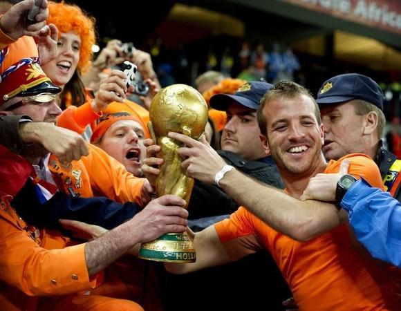 Голландия - чемпион мира по футболу 2010